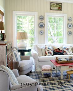 Savvy Southern Style: Feeling Flow Blue {in the sun room}