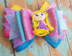 By Lupita Espinoza Crafts To Make And Sell, Easy Diy Crafts, Cute Crafts, Fabric Hair Bows, Diy Hair Bows, Felt Bows, Ribbon Bows, Diy Headband, Baby Headbands
