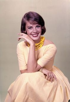 Natalie Wood's 60's style//I wanted to be her.. most beautiful
