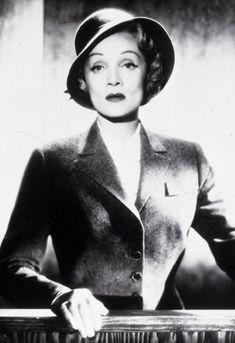 Marlene Dietrich in Witness for the Prosecution, wearing Edith Head.