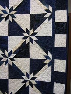 47 Hunters Star Quilts Inspirations from Uncategorized Sew with a single fabric to create the quilt block seem more like a star. Continue until all regions of the star are quilted! Star Quilt Blocks, Star Quilts, Quilting Projects, Quilting Designs, Quilt Design, Quilting Ideas, Hunters Star Quilt, Elephant Quilt, Two Color Quilts