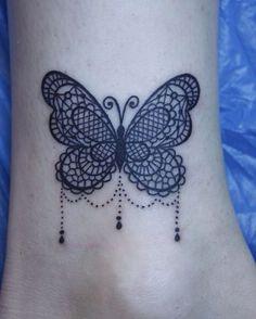 1000 id es sur tatouage papillon sur pinterest tatouage pied tatouages et tatouage femme. Black Bedroom Furniture Sets. Home Design Ideas