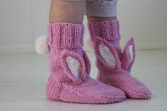 Knitting Socks, Free Knitting, Knitted Hats, Knitting Patterns, Crochet Patterns, Crochet Hats, Cute Crochet, Knitting Projects, Leg Warmers