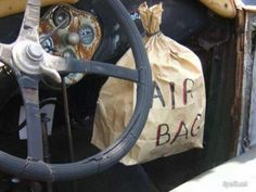 air bag safety first ! Car Memes, Car Humor, Funny Memes, Hilarious, Bike Humor, Rat Rods, Redneck Humor, Safety First, Funny Photos