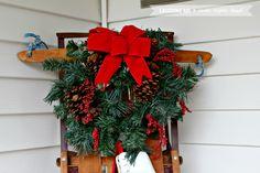 12 Days of Easy Christmas Decorating: Christmas Porch Decorations   laughingabi.com