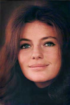 Jacqueline Bisset Classic Beauty, Timeless Beauty, Hollywood Celebrities, Hollywood Actresses, Most Beautiful Faces, Beautiful Women, Jacqueline Bissett, Star Francaise, Celebrity Faces