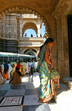 Entering the temple Palitana, Rohishara, Gujarat_ India