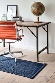The Porto Rug is a timeless piece that adds a modern element to your workspace at home. It is handmade in Portugal of the finest upcycled calf leather.  Designed in Denmark. Handmade in Portugal. Nordic Home, Nordic Interior, Scandinavian Home, Interior Styling, Interior Design, Italian Luxury Brands, Nordic Design, Unique Rugs, Sustainable Living