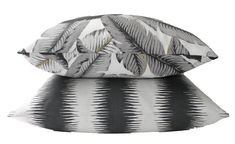 Tommy Bahama Swaying Palms, Decorative Designer, Outdoor Accent Pillow Cover, Black and White, : Tommy Bahama Swaying Palms Decorative Designer Outdoor image 3