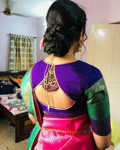 New Saree Blouse Designs, Blouse Designs High Neck, Latest Saree Blouse, Hand Work Blouse Design, Simple Blouse Designs, Stylish Blouse Design, Bridal Blouse Designs, Sari Blouse, Lehnga Dress