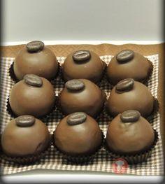 Kávovo-orechovo-marcipánové-bonbóniky