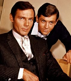 Adam West Batman TV Series | Batman TV series DVD gets new Adam West, Burt Ward footage