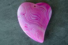 49mm Agate Pendant Pink, White Striped Gemstone Heart Designer Gemstone Pendant…