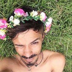 #alessandromolon: RT luanagbf: Apenas obrigada! alessandromolon representou em suas palavras um Brasil que não compactua com essa palhaçada (via Twitter http://twitter.com/itsRaynniere/status/753329425672970240)