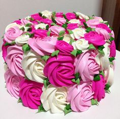 Popular birthday cake for women roses beautiful 28 ideas 60th Birthday Cakes, Birthday Cake Girls, Birthday Kek, Birthday Cake For Women Simple, Cheesecake Decoration, Mothers Day Cake, Colorful Cakes, Rose Cake, Cute Cakes