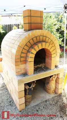 Diy Outdoor Fireplace Plans Wooden Playhouse New Ideas Diy Pizza Oven, Pizza Oven Outdoor, Pizza Ovens, Wood Oven, Wood Fired Oven, Wood Fired Pizza, Barbacoa Jardin, Barbecue, Outdoor Fireplace Plans