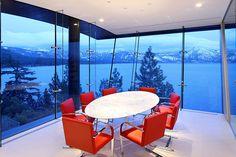 Si ya de por sí es un gran sueño tener una casa con este tipo de ventanales, no cuesta nada soñar también con esta vista, cierto?