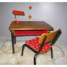 Petit bureau ancien