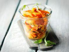 Makeat rakuunaporkkanat Vegetables, Ethnic Recipes, Food, Essen, Vegetable Recipes, Meals, Yemek, Veggies, Eten