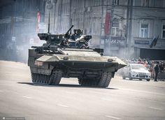 Armata T-15.