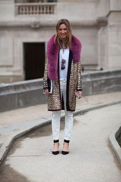 Amazing #streetstyle at Paris Fashion Week #pfw #fashion