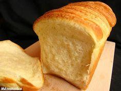Mézeskalács konyha: Sós kalács Hungarian Recipes, Hungarian Food, Bread Rolls, Cornbread, Bread Recipes, Bakery, Food And Drink, Sweets, Cheese