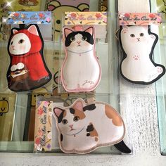 Use these Choo Choo cat coin pouches to carry your purrecious coins and treasures!  Each pouch has an attached clip you can use to hook them on your bag or purse. Available in store & online $16 each. #Japan #choochoocat #jetoy #cats by japanla