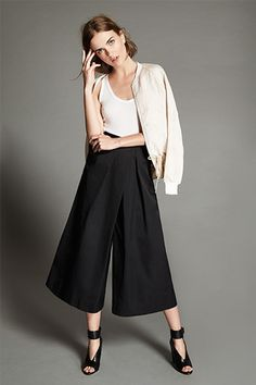 Styling culottes is similar to a full skirt, the trick is to temper the wide leg with flattering pieces like a snug blouse and cropped jacket