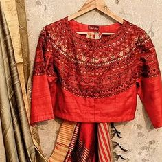 Baby Girl Names Spanish, Blouse Neck Designs, Indian Wedding Outfits, Red Blouses, Contemporary Fashion, Fabric Painting, Half Sleeves, Fashion Brand, Cotton Fabric
