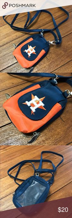 Houston Astros Mini Crossbody Purse Adorable Houston Astros mini cross body with adjustable straps! Used only once, in great condition! Fits my iPhone 7. MLB official merchandise. Accepting Offers!! MLB Bags Mini Bags