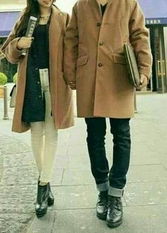 Couple look similar look