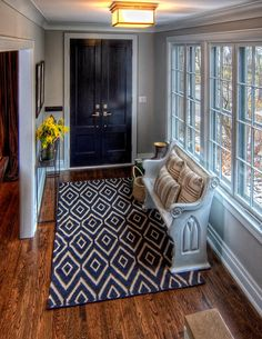 Entry Design Ideas, Pictures, Remodels and Decor. Love the church pew in the entryway Style At Home, Küchen Design, House Design, Interior Design, Design Ideas, Interior Doors, Lobby Design, Studio Design, Interior Ideas