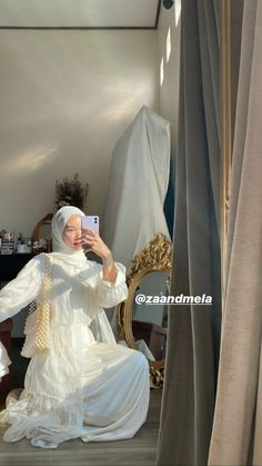 Hijab Fashionista, Pakistani Dresses Casual, Casual Hijab Outfit, Hijab Fashion Inspiration, Stylish Girls Photos, Korean Street Fashion, Muslim Fashion, Modest Dresses, Online Shopping Clothes