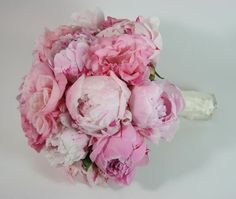 The flowers I am planning to have.   Peonies, for those thinking of using peonies, make sure you have a november wedding (if in Aust) because their season is very limited!!!