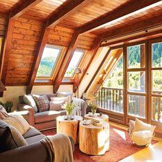 Vicky's Home: Un refugio de montaña. / A mountain retreat. Mesas de tronco de árbol