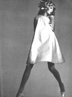 Jean Shrimpton by Avedon for Vogue October 1966
