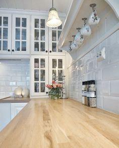 Kitchen ! #kitchen #kjøkken#roses#interior