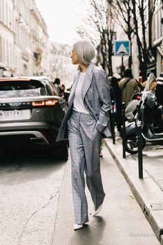 Уличная мода: Неделя моды в Париже сезона осень-зима 2018-2019: финальный стритстайл Envy, Jealousy