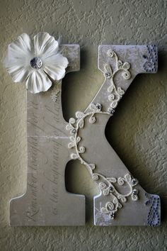 perfect.DIY project- Monogram letter for the front door, wall, baby room, wedding decoration ...