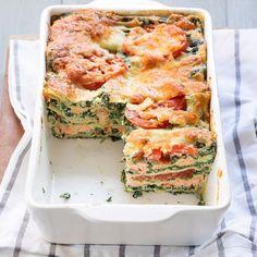 Salmon spinach lasagna – Fresh and creamy! I Love Food, Good Food, Yummy Food, Healthy Snacks, Healthy Recipes, No Cook Meals, I Foods, Food Inspiration, Italian Recipes