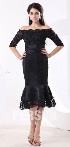 Petite robe noire de mère de mariée sirène aux dentelles ornée de bijoux b2589e2eec12