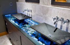 Stunning Visual Appeal: Natural Stone Pebbles in Interior Design