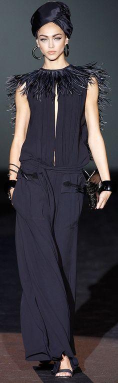 6/6 garments Roberto Verino RTW SS 2014 , Turban inspiration , as well as the long black jumper