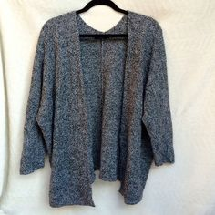 Grey Cardigan Slouchy grey knit cardigan, super warm and roomy. One size fits all ❌❌ no trades, no offers accepted during the sale ❌❌ Brandy Melville Sweaters Cardigans
