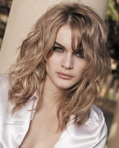 short hairstyles | Haircuts For Naturally Wavy Hair - HAIRSTYLE IDEAS MAGAZINE