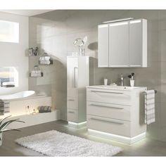 Badezimmer von NOVEL: ein Traum in Weiß