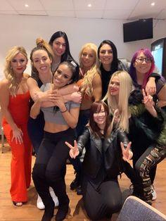 Smackdown Live Women's Divison the best people ever 💙 Wrestling Superstars, Wrestling Divas, Women's Wrestling, Thea Trinidad, Wwe Total Divas, Wwe Women's Division, Wwe Female Wrestlers, Vince Mcmahon, Wwe Girls