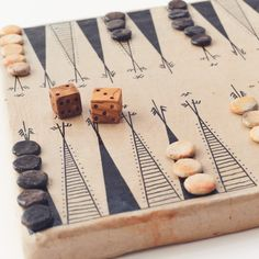 We showcase home goods and apparel from Tunisia's designers and entrepreneurs. Wooden Board Games, Wood Games, Vintage Board Games, Wooden Boards, Wooden Diy, Handmade Wooden, Board Game Box, Game Boards, Pottery Games