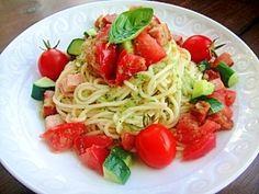 """Cold pasta with cucumber and tomato in summer"" - japanese recipe/夏におすすめ♪キュウリとトマトの冷製パスタ"