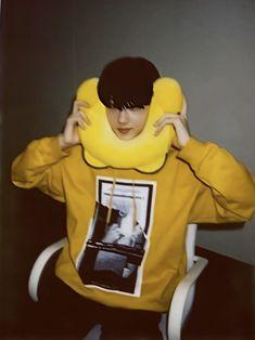 """thread of jisung's huya polaroids 💛"" Nct Group, Park Jisung Nct, Park Ji Sung, Kpop, Taeyong, Boyfriend Material, Winwin, Nct Dream, Jaehyun"